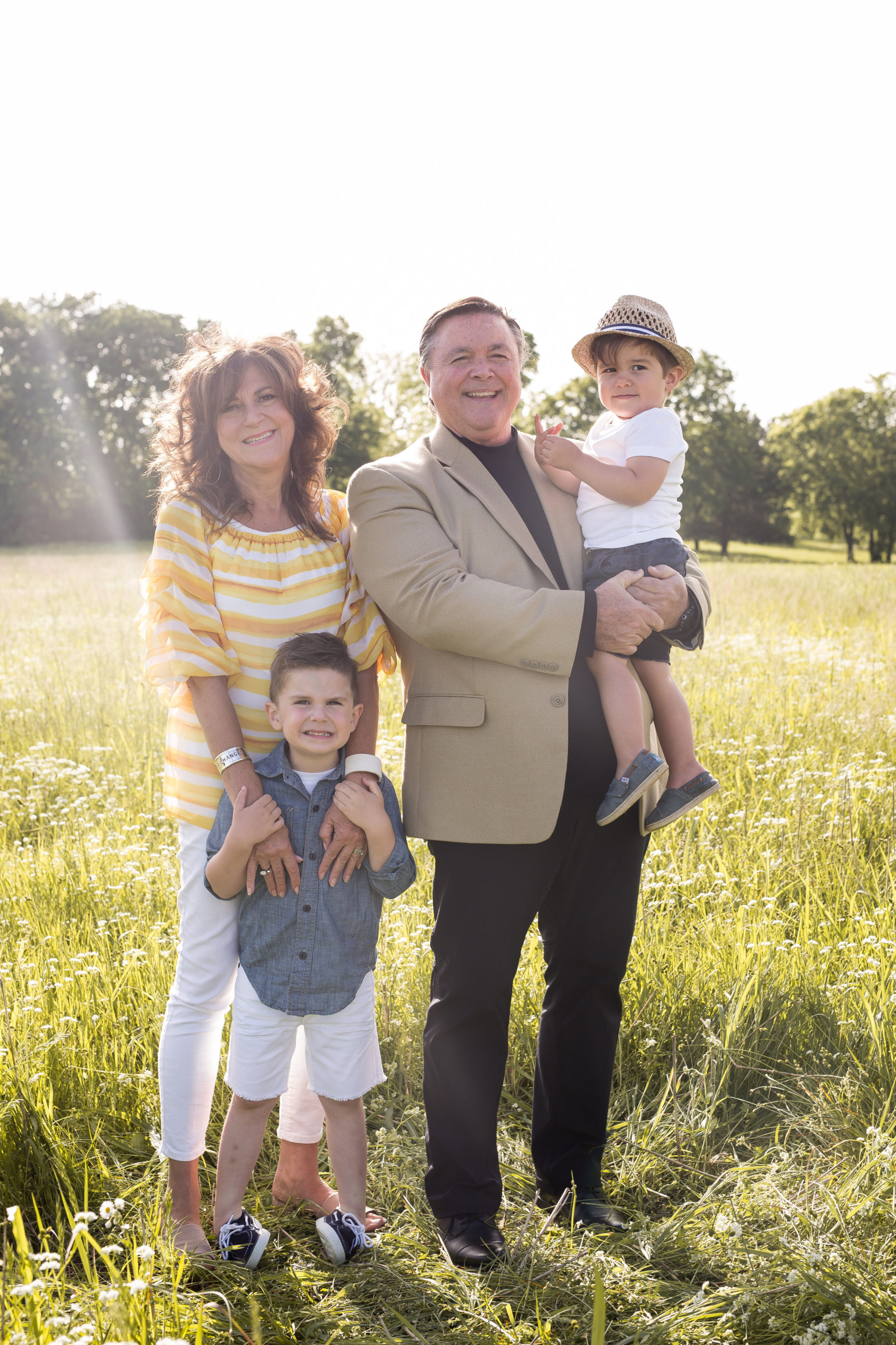 Mini Family Photo Session featured on Nashville Bride Guide