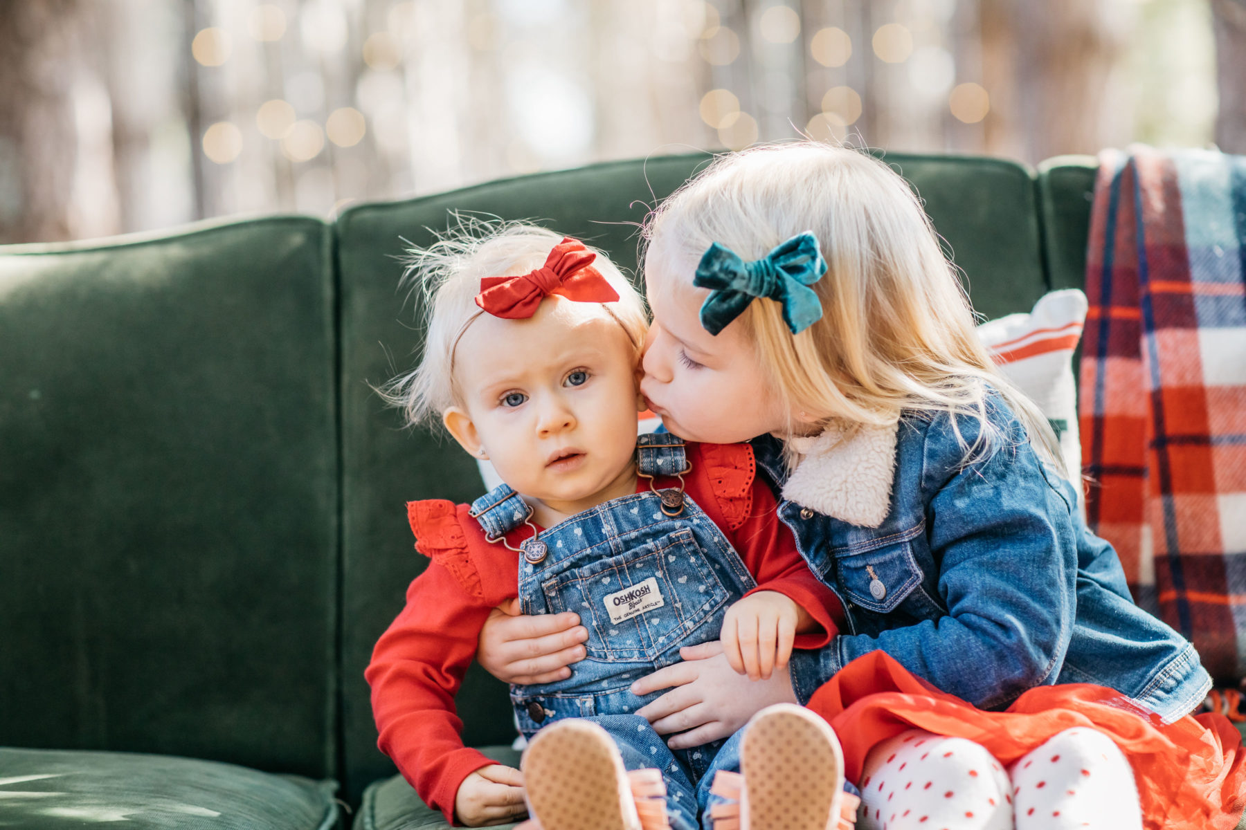 Family Christmas Photo Ideas featured on Nashville Baby Guide!