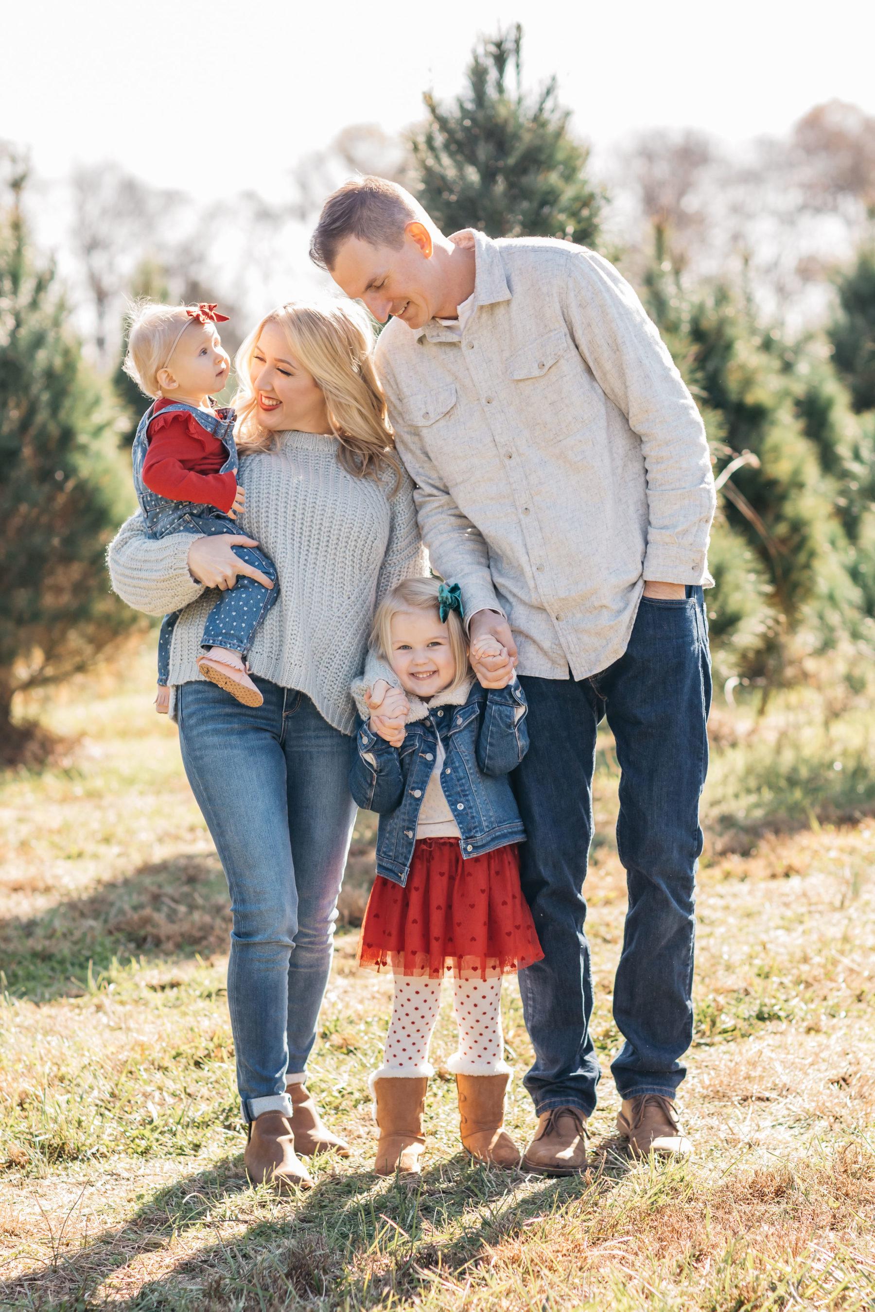 Nashville family photographer featured on Nashville Baby Guide!