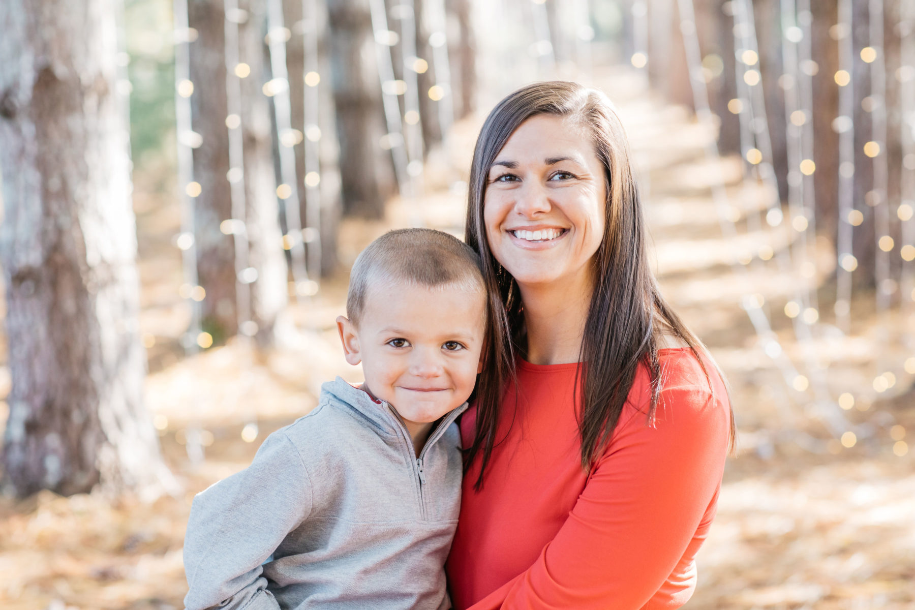 Meredith Teasley Photography Mini Family Session featured on Nashville Baby Guide
