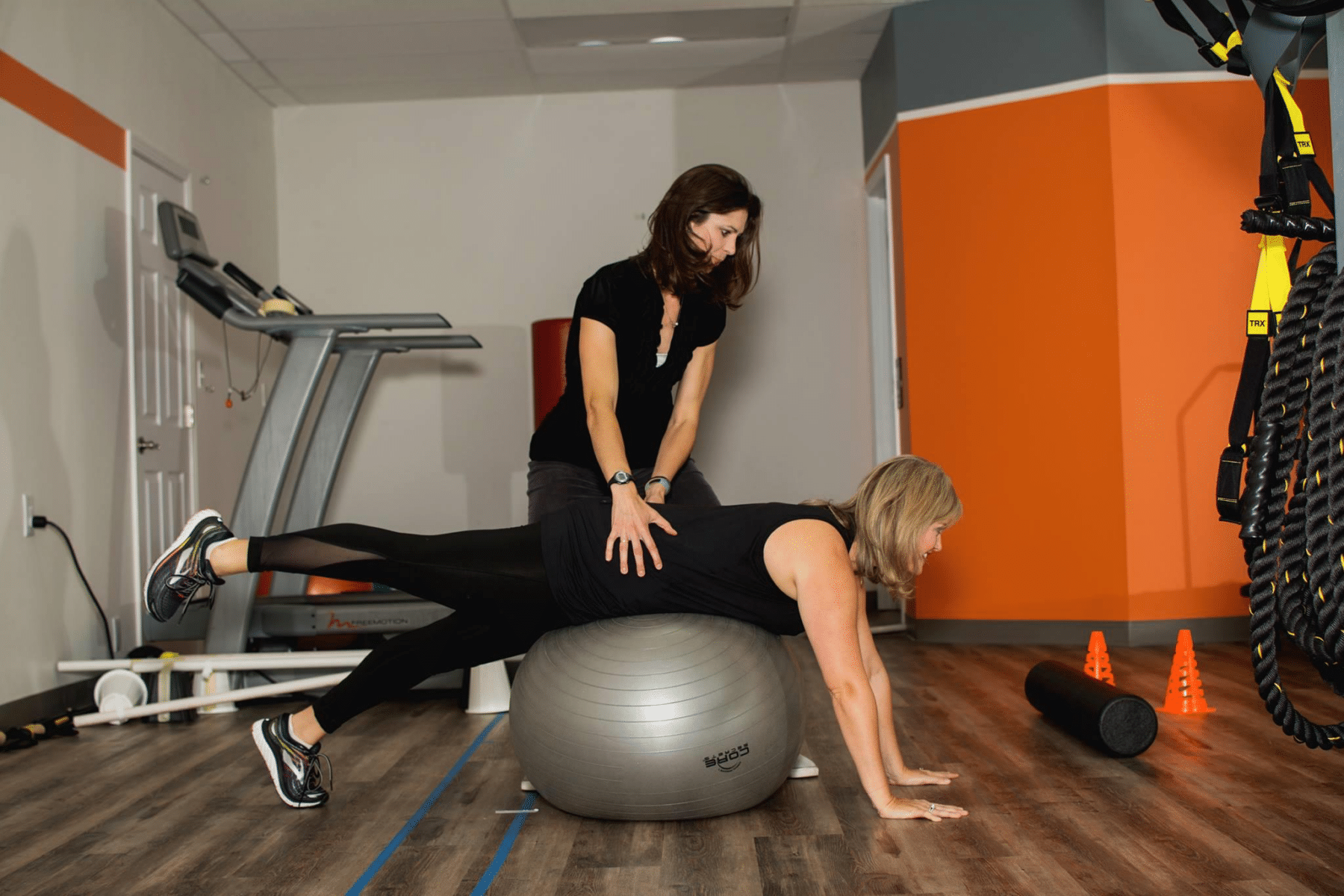 Hip Stability & Running for Moms Pre and Postpartum from Priority PT featured on Nashville Baby Guide