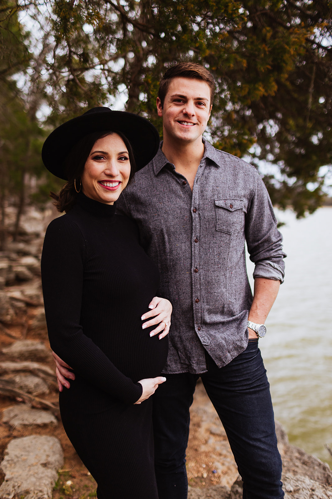 Shoreline Maternity Session from Emily Green Creative featured on Nashville Baby Guide