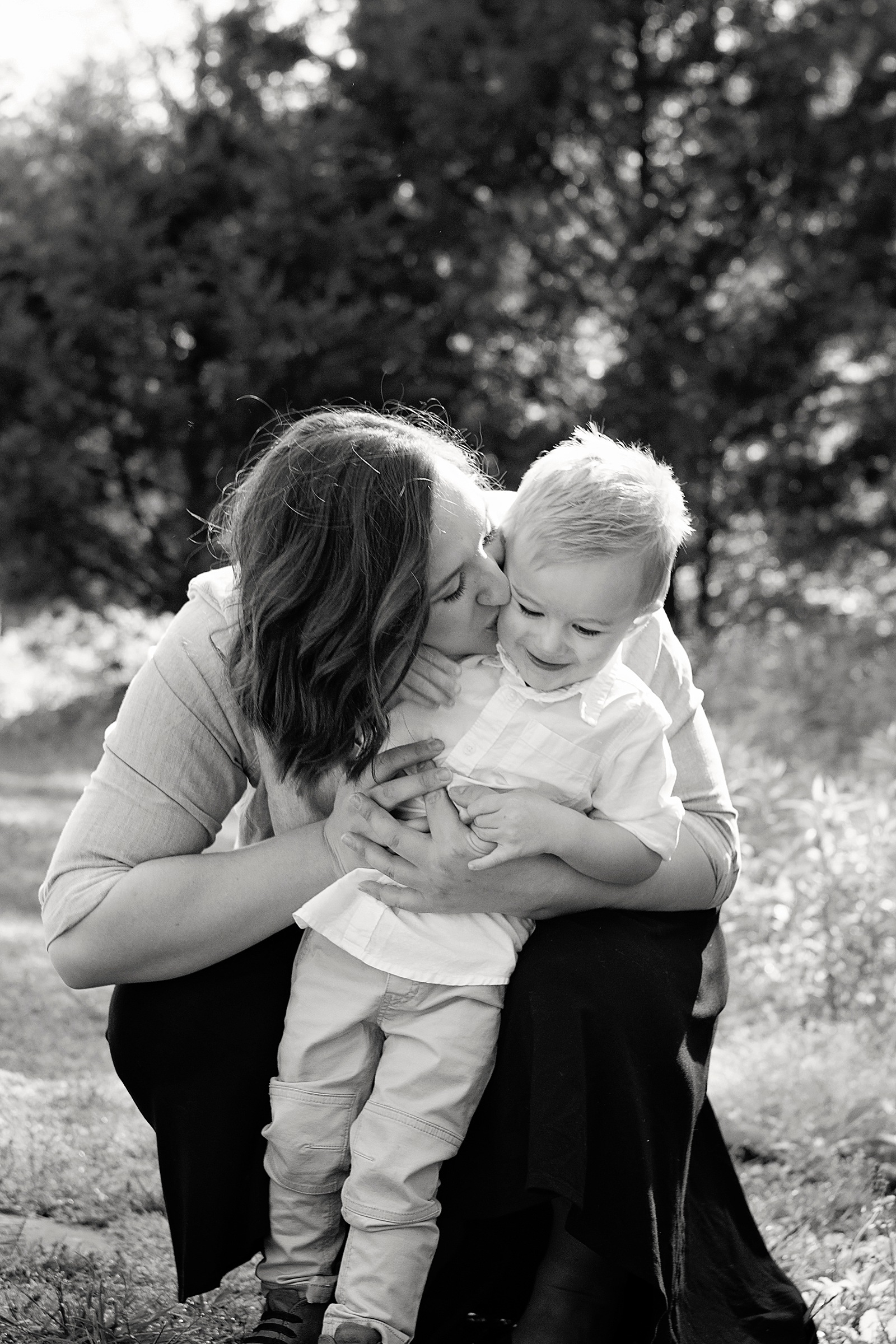 Mommy and Me Session by Darien Photography featured on Nashville Baby Guide
