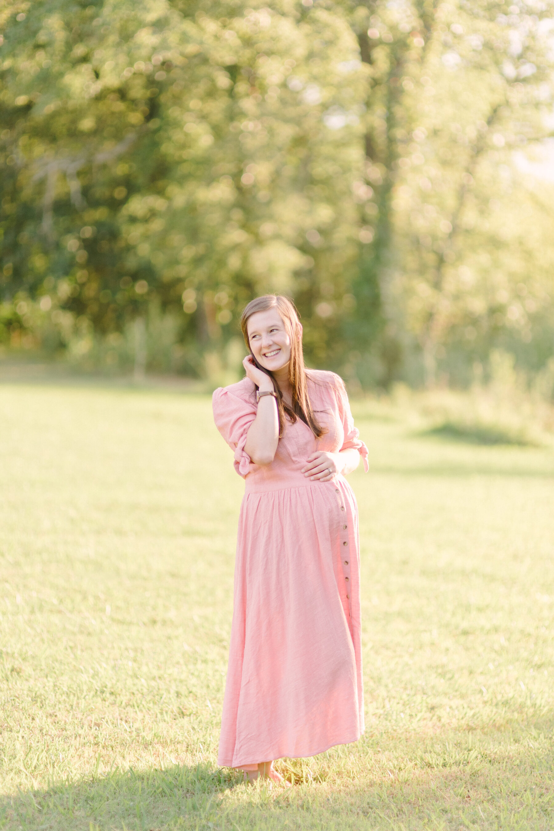 Lindsey Brown Photography's Light and Airy Nashville Maternity Session