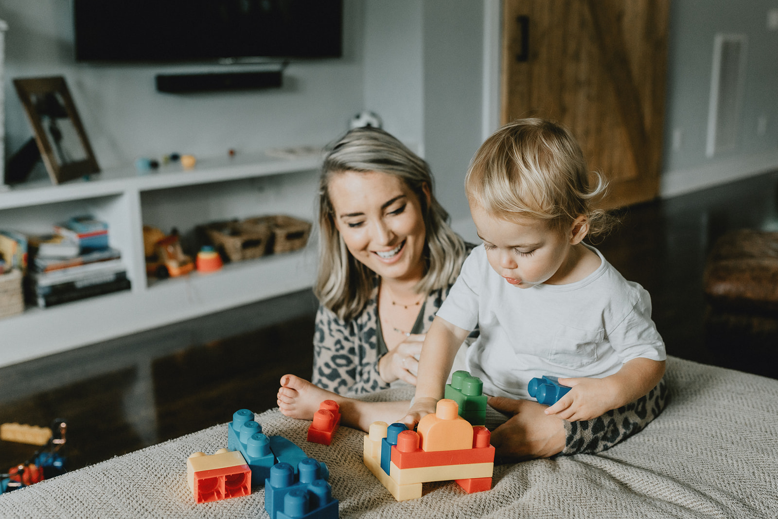 In-Home Motherhood Session by Five Pence Photography featured on Nashville Baby Guide