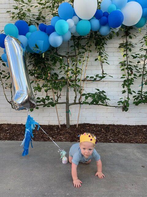 Balloon Babe TN featured on Nashville Baby Guide