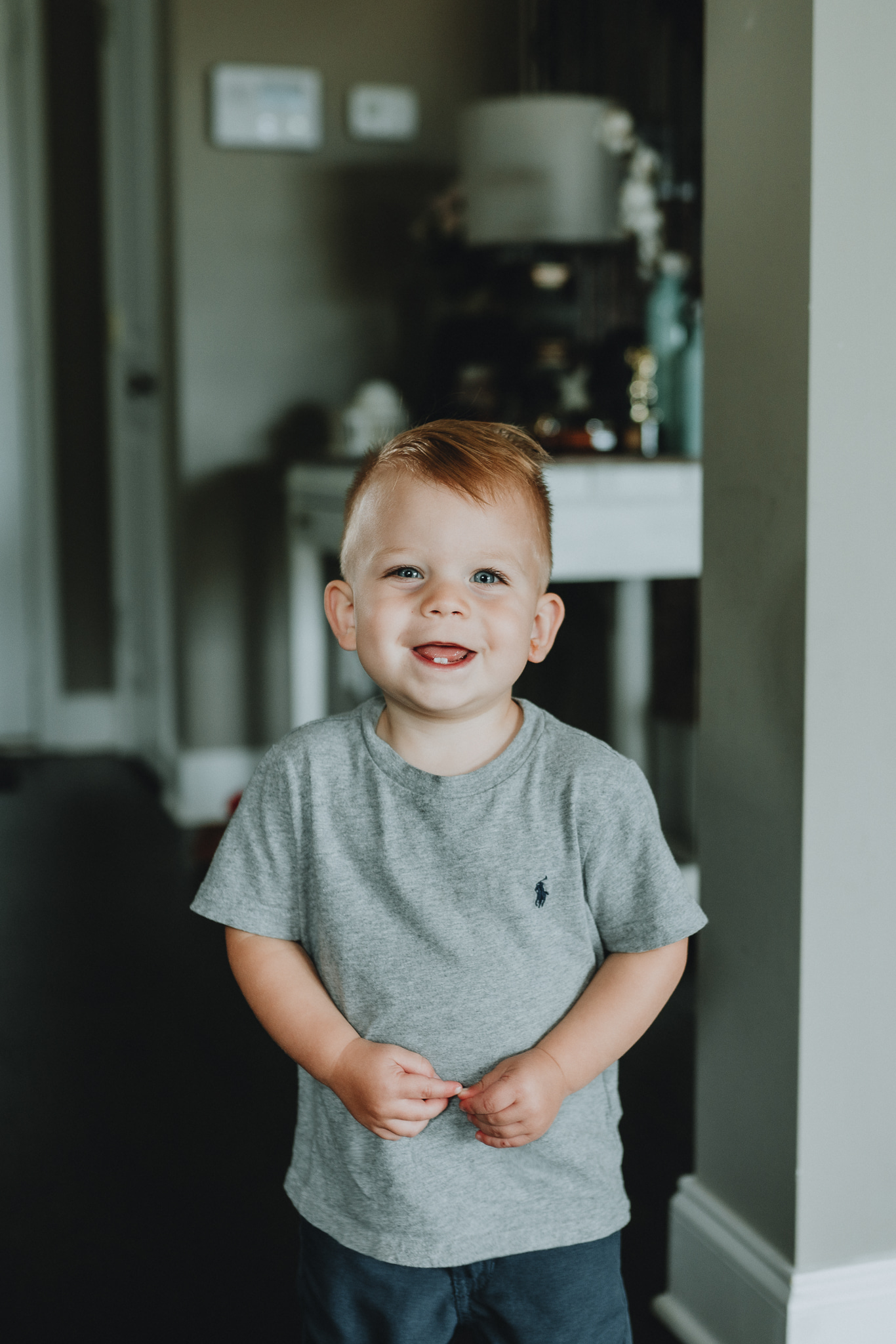 In-home family session by Five Pence Photography | Nashville Baby Guide