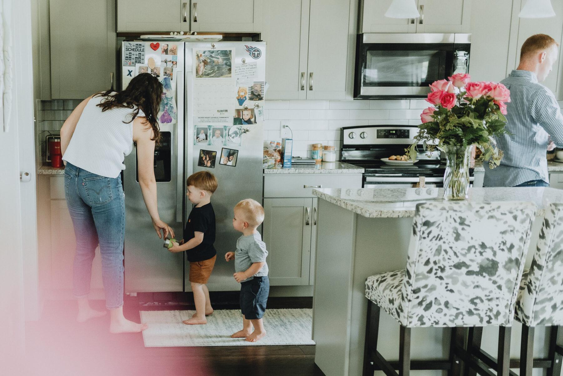 Nashville in-home family photos | Nashville Baby Guide