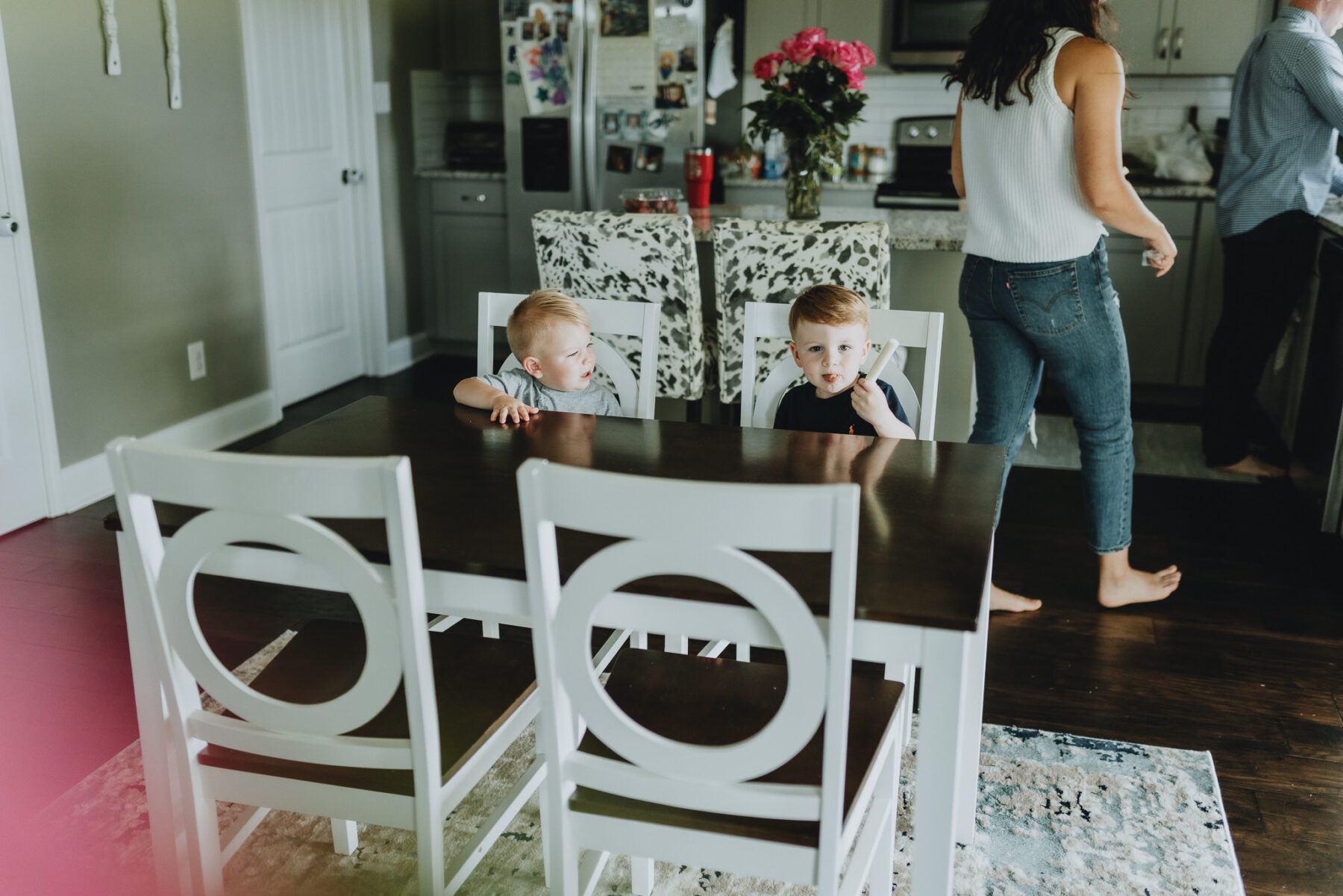 Boys sitting at kitchen table | Nashville Baby Guide