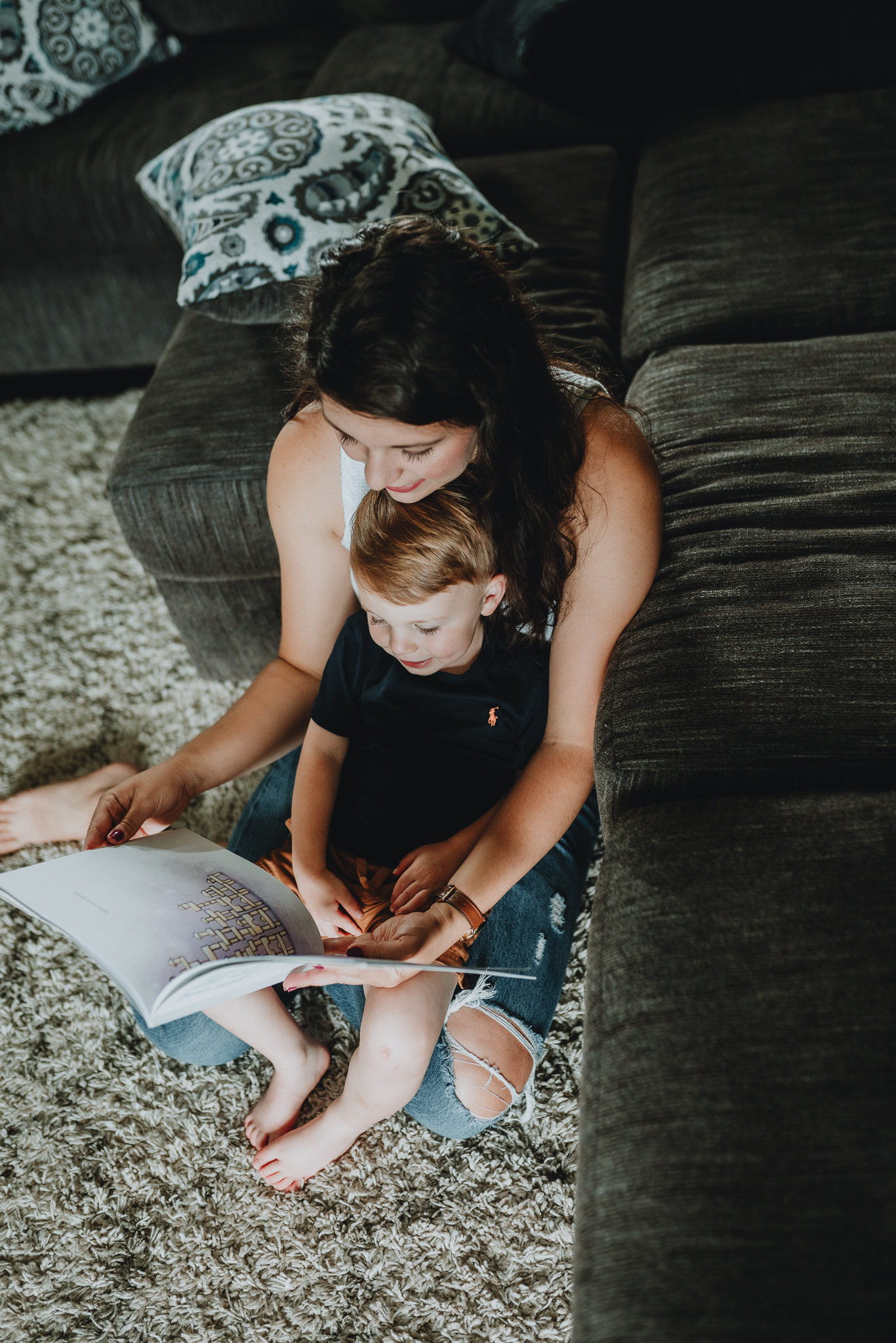 Mom reading to son | In-home family session by Five Pence Photography | Nashville Baby Guide