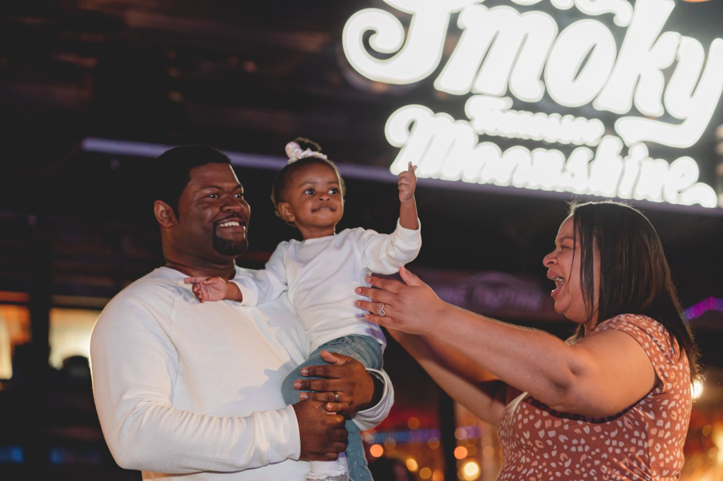 Passionate Pattens Island in Pigeon Forge Gender Reveal   Nashville Baby Guide